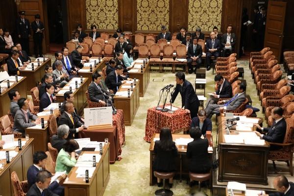 20180514_予算委員会②.jpg