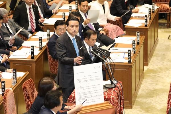 ⑤20200127予算委員会.JPG